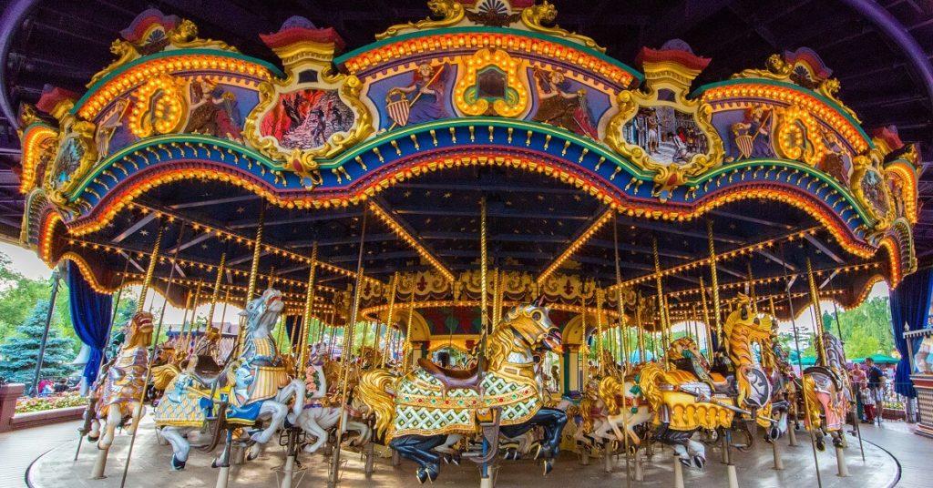 Theming carousel figures/ Theming merry-go- round  主题定制转马和骑乘插图1